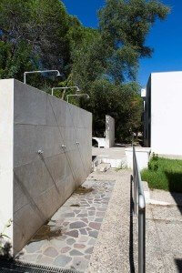 Sideview of outside showers
