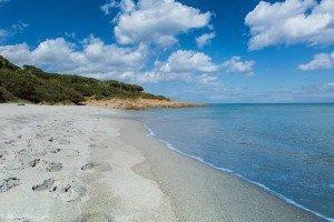 Arenile di una delle spiagge di Cala Liberotto